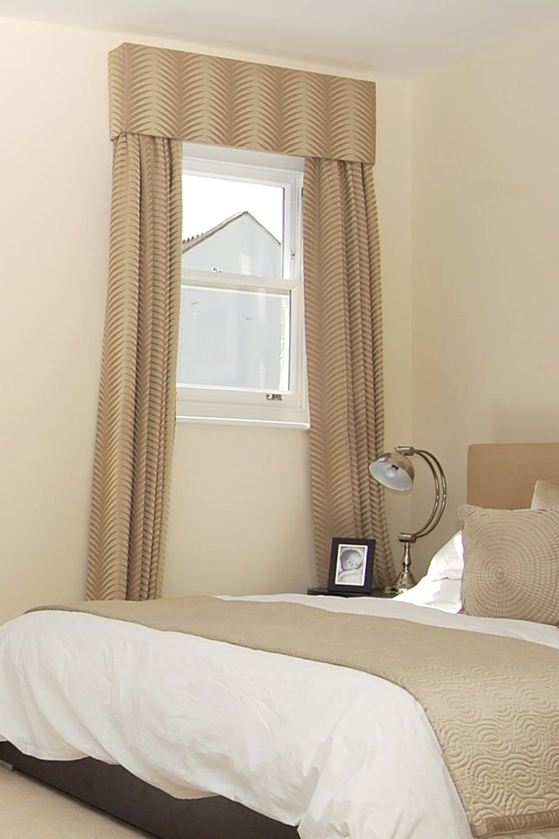 decoration curtains for small window in