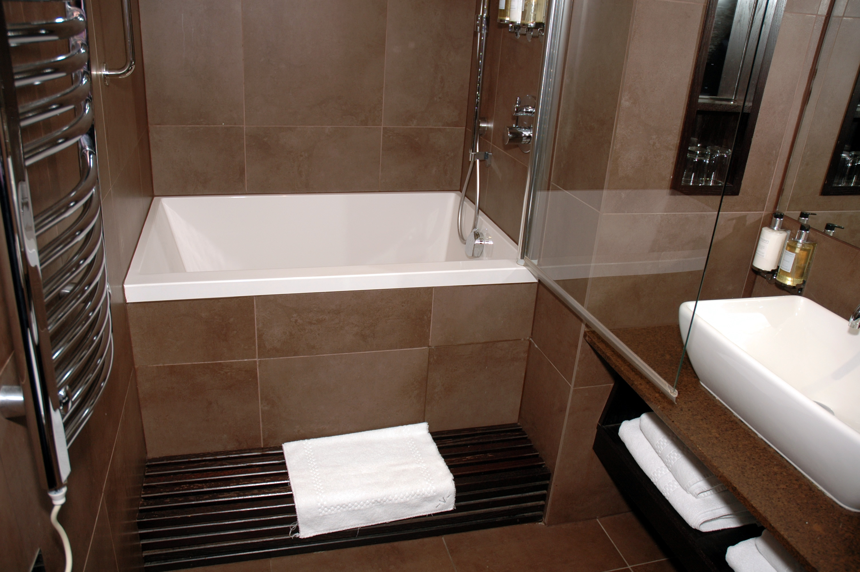 Bathroom Soaking Tubs For Small Bathrooms With Modern ... on Small Space Small Bathroom Ideas With Tub And Shower id=39045