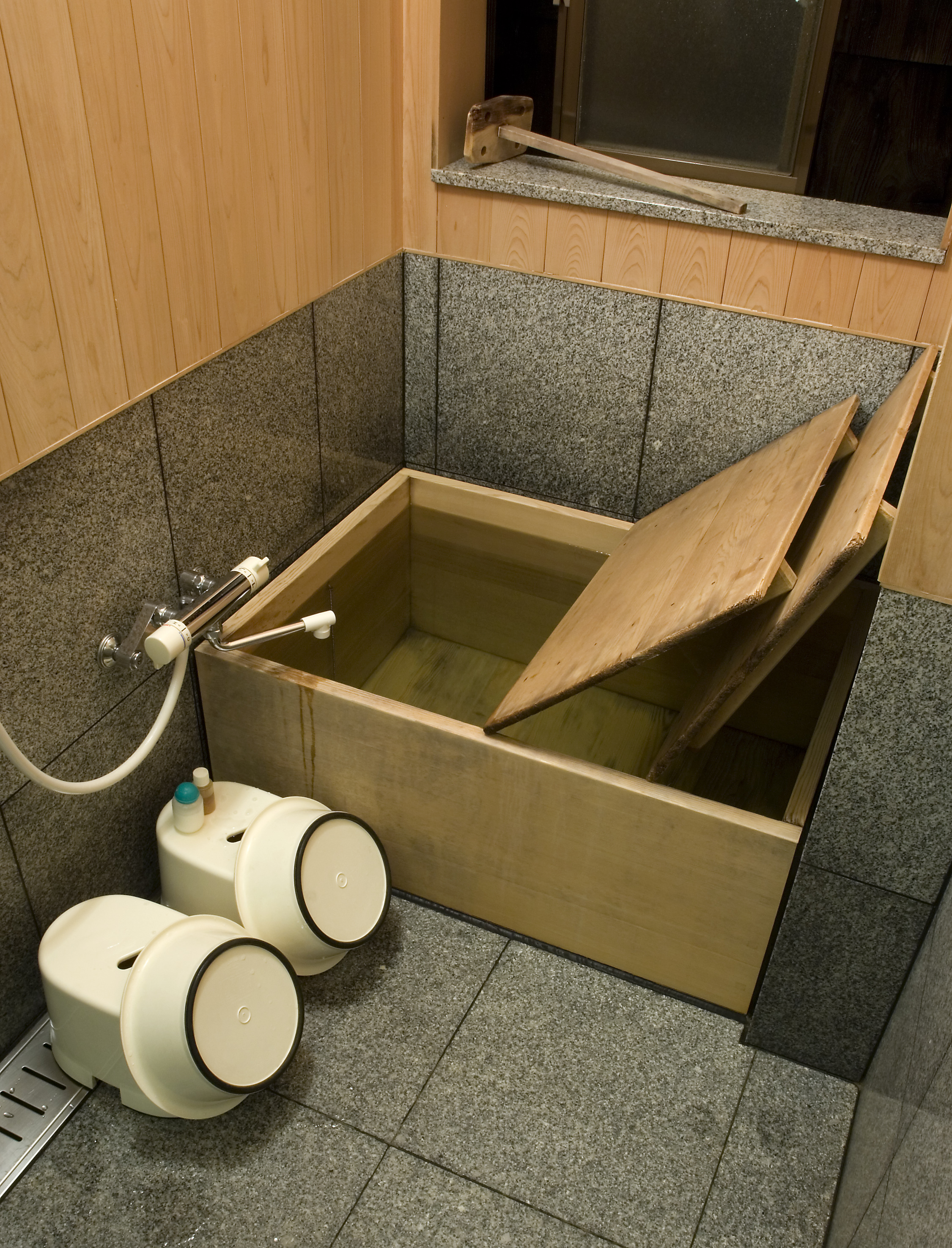 Bathroom Soaking Tubs For Small Spaces With Unique Small ... on Small Space Small Bathroom Ideas With Tub id=82865