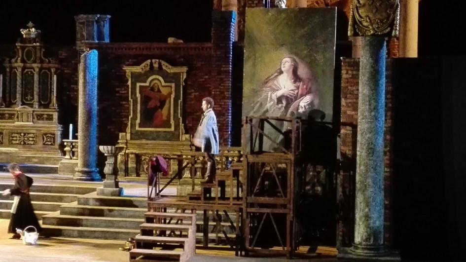 Taormina Opera Stars mette in scena la Tosca di Giacomo Puccini al Teatro Antico di Taormina.
