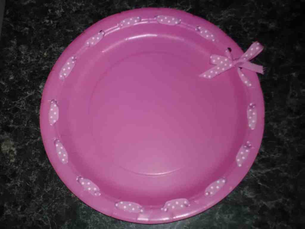How to Throw a Princess Party decorated paper plates