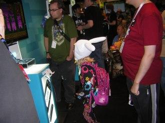 Little girl playing Shovel Knight on Wii U