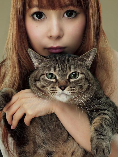 Shokotan-Biography-Anime-Adaptation-1