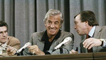 Бельмондо и Лелуш во время пресс-конференции