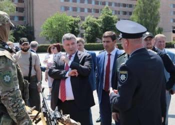 В Харькове Аваков и Князев провели торжественный выпуск в университете МВД 4