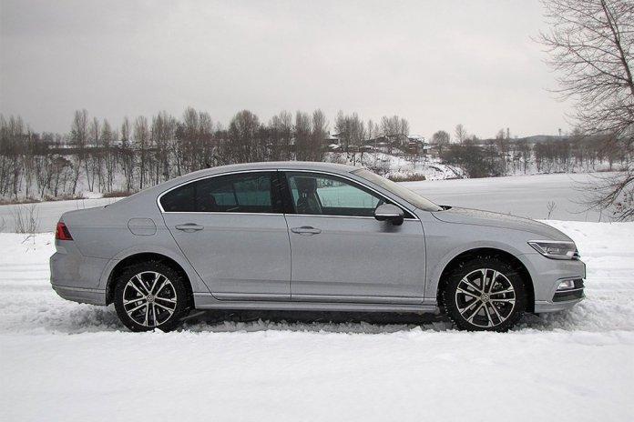 Тест Бизнесмен на большой дороге. Чем удивил Volkswagen Passat восьмого поколения в комплектации Premium R-Line - ФОКУС 3