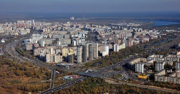 В Киеве на несколько дней ограничат въезд на Троещину