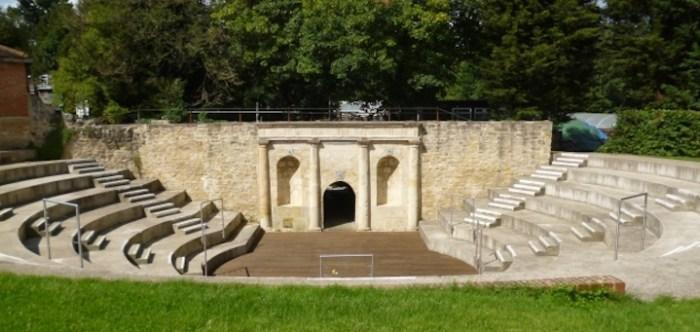 Waterperry amphitheatre