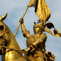 Боготворили, предали, судили и  казнили.  30 мая, 585 лет  назад, была сожжена  Жанна  д'Арк.  День в истории.