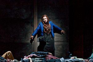 Susanne Braunsteffer (Leonora)  ©Björn Hickmann / Stage Picture