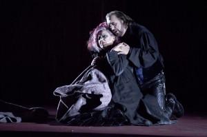 Rossana Rinaldi, Adrian Xhema - Foto© Oliver Berg, Theater Münster