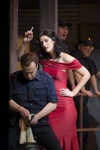 Christoph Strehl (Don José), Ileana Mateescu (Carmen)  ©Thomas M. Jauk / Stage Picture Schließen
