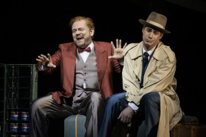 Ks Hannes Brock (Sam Cheswick), Fritz Steinbacher (Bobby) ©Thomas Jauk / Stage Picture