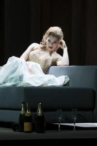 Eleonore Marguerre (Violetta Valéry) ©Thomas M. Jauk / Stage Picture GmbH
