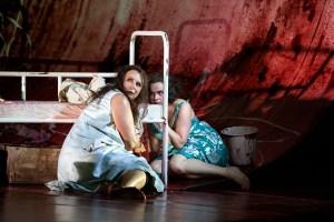 """""""Elektra"""" (Foto: Annemie Augustijns; Probenfoto der Opera Vlaanderen Antwerpen/Gent)"""