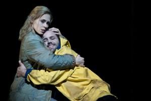 Emily Newton (ellen Orford), Peter Marsh (Peter Grimes) ©Thomas M. Jauk / Stage Picture GmbH