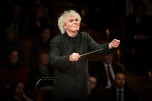 Sir Simon Rattle (Foto: Stephan Rabold)