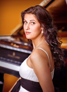 Ileana_Mateescu / Foto @ Karin Scheuer.jpg