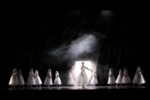 """""""Giselle"""" Ballett von John Neumeier (HAMBURG BALLETT) Foto @ Holger Badekow"""