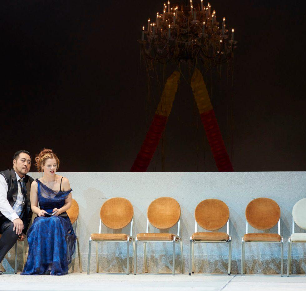 Sangmin Lee (Mandryka), Eleonore Marguerre (Arabella) ©Thomas Jauk, Stage Picture