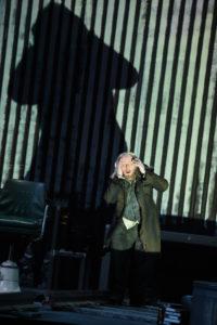 Deutsche Oper am Rhein/Siegfried/ Mime (Cornel Frey) FOTO: Hans Jörg Michel