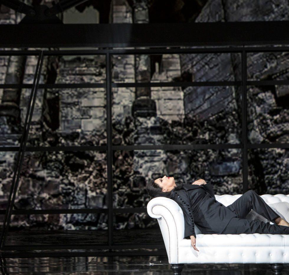 Staatsoper Unter den Linden/MACBETH/ Anna Netrebko (Lady Macbeth)/ Foto-Credits: Bernd Uhlig