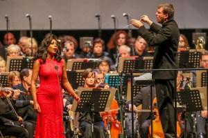 Cityring Konzerte / Opern Gala 2018 / Elena O'Conno+GMD Gabriel Feltz/ Foto @ Jan Heinze