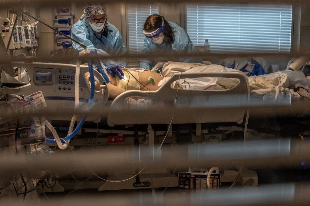 Președintele Colegiului Medicilor propune sancționarea medicilor care promovează teorii ale conspirației