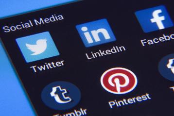 Twitter réseaux sociaux Fake News