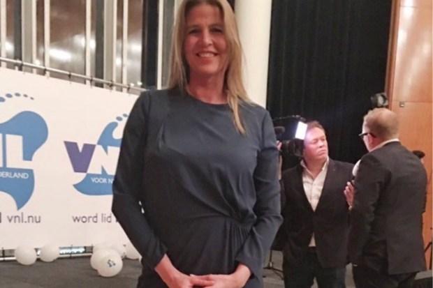 Tanya Hoogwerf op partijbijeenkomst VNL