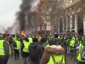 Protestactie Gele Hesjes op Champs-Élysées te Parijs (25 november 2018)