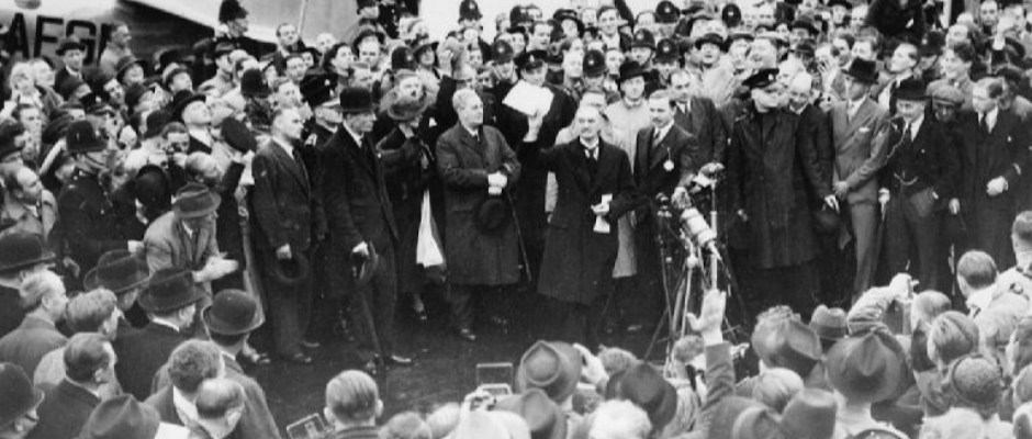 """Titelfoto bij artikel Jan Gajentaan op OpinieZ.com """"Appeasement is het gevaar van onze tijd"""""""