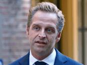 Vervang blunderkoning Hugo de Jonge als coronaminister Jan gajentaan opiniez coronabeleid