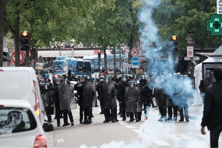 """""""Dood de joden!"""" schalt door de straten in West-Europa"""