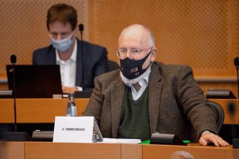 Titelfoto bij artikel Woke Woensdag - Van Frans Timmermans' coming out tot anti-racistische kleuters Redactie opiniez