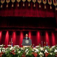 Obama koos de kant van de islam tegen Israël