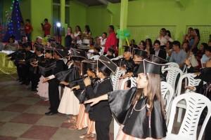12369265_935340466546787_2441752125508070113_n-300x200 Atividades do ano letivo de escola Municipal de São Sebastião do Umbuzeiro é encerrada com grande festa