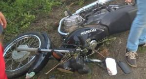 Slide2-300x163-300x163 Acidentes de moto deixam um morto e outro ferido em Serra Branca e Sumé