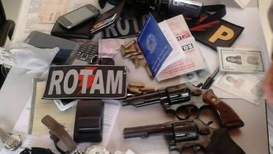 Polícia prende dupla suspeita de assaltar mercadinho em Monteiro 3