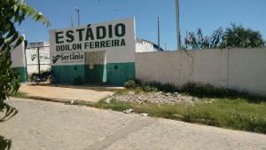 b30d61b20b5ed4ec45d3d69a105e25ab-300x169 Em Sertânia: Desportistas denunciam abandono do Estádio Odilon Ferreira pelo Prefeito Guga Lins