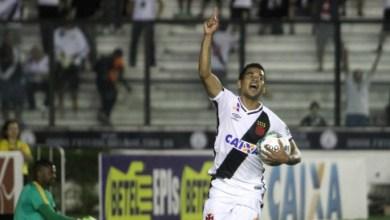Vasco vence o Bragantino de virada e segue líder 4