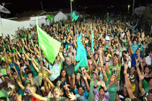 2-1-2-300x200 Candidata do PSDB prega paz após caminhada histórica na Vila Santa Maria