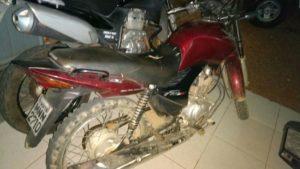 30-300x169 Em Monteiro, moto com placa adulterada é apreendida