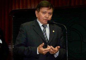 Deputado-300x212 João Henrique elogia desempenho dos policiais que atuam no Cariri paraibano