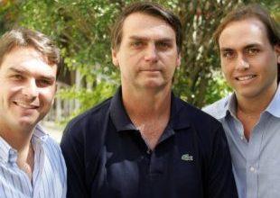 Flávio Bolsonaro diz que, se eleito, Rio não patrocinará Parada Gay 2