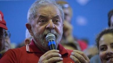 Aos 71 anos, ex-presidente Lula vê futuro político na mira da Lava Jato 6