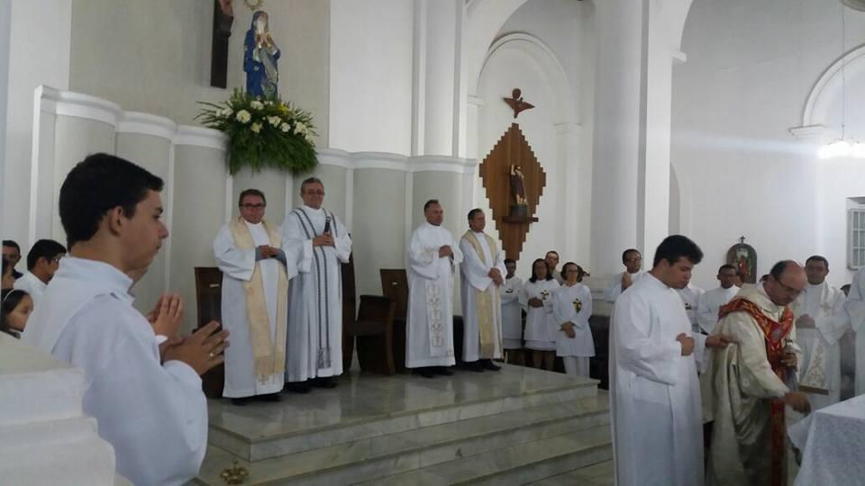 14938236_606932782839108_2113887302395313446_n-1 Missa encerra o Ano Santo da Misericórdia com fechamento da Porta Santa em Monteiro