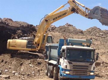 17026336280003622710000 Transposição avança no eixo leste, mas obras emperram entre Monteiro e Sertânia