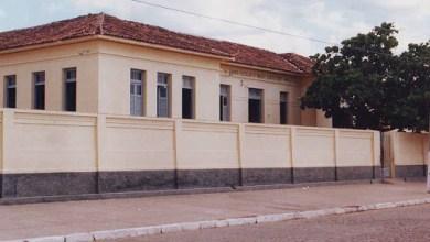 Estudantes menores de idade são detidos Após Tumulto em frente a Escola  em Monteiro. 6