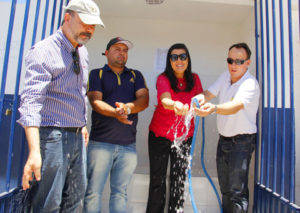 vice-gov-ligia-entrega-desalinizador-em-amparo-131-1-300x213 Vice-governadora entrega unidade de dessalinização no município de Amparo